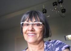 Marion, 76 ans, hétéro, Femme, Montbrison, France