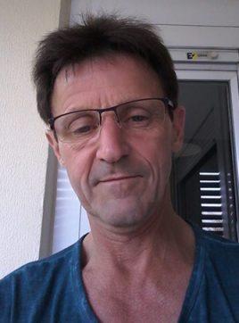 Parraut, 54 ans, Azzaba, Algérie