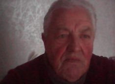 Devos, 65 ans, hétérosexuel, Homme, Ploemeur, France
