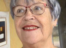 Violette, 71 ans, hétérosexuel, Femme, Pont-à-Mousson, France
