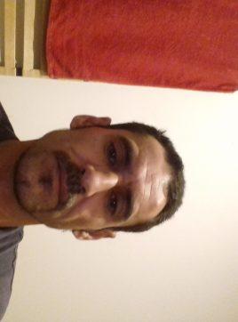 De lucca, 43 ans, Saint-Médard-en-Jalles, France