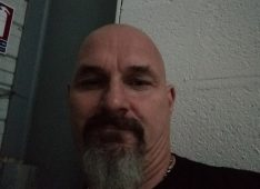 VAUGHAN, 53 ans, hétérosexuel, Homme, Coueron, France