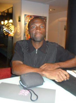 Louis Etoundi, 43 ans, Besançon, France